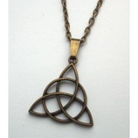 Collier triquetra fin bonze antique