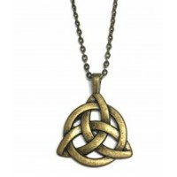 Collier triquetra bronze antique