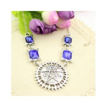 Collier pentagramme et pierres
