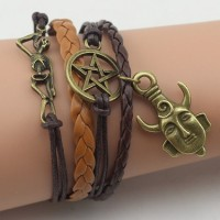 Bracelet supernaturel en cuir
