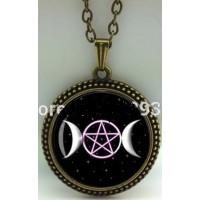 Collier pentagramme et triple lune
