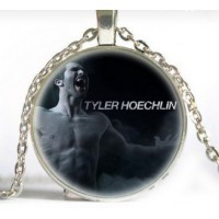 Collier Tyler Hoechlin