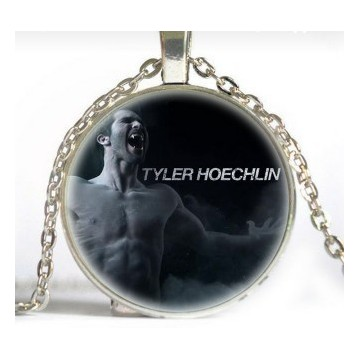 Collier Tyler Hoechlin